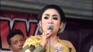 download lagu Sri Huning Lanjut Podang Kuning gratis
