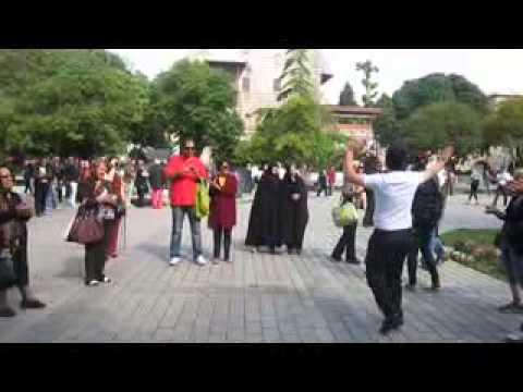 Azari Dance video