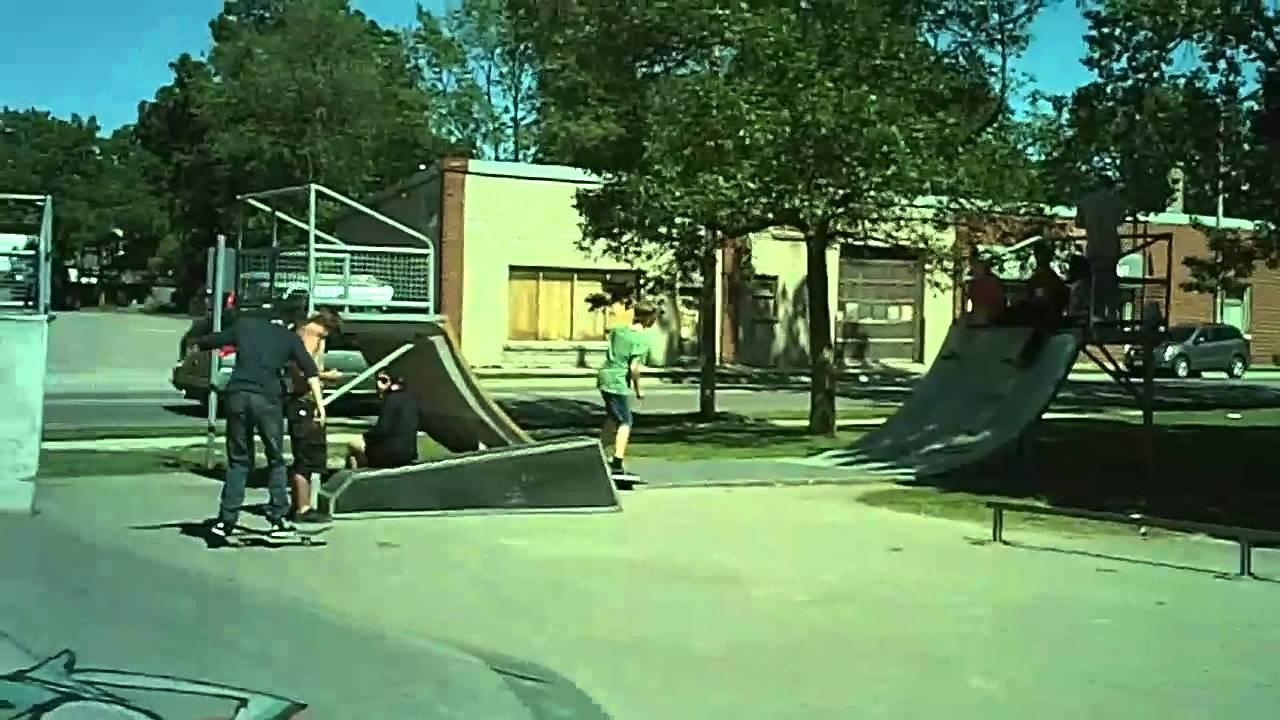 Stratford Ontario Skatepark Run at Stratford Skatepark on