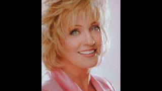 Watch Connie Smith Touch My Heart video