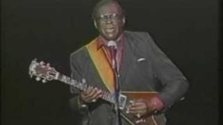 Watch Albert King The Sky Is Crying video