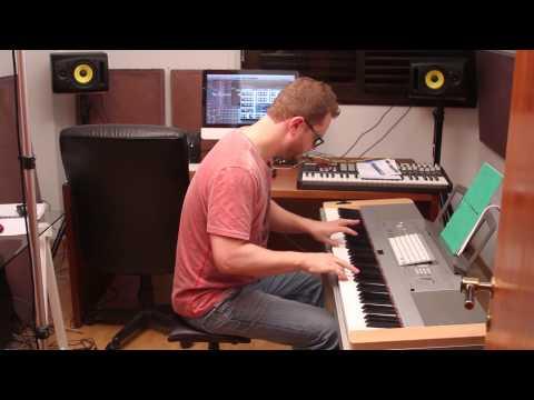 The chipophone tetris super mario tunes videogames orgel synthesizer 8 bit bespelen