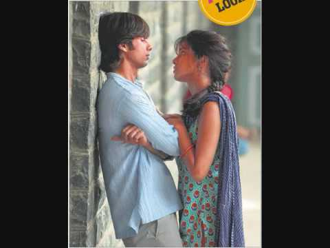 Pehli bar mohabbat FULL SONG...HQ KAMINEY 2009...