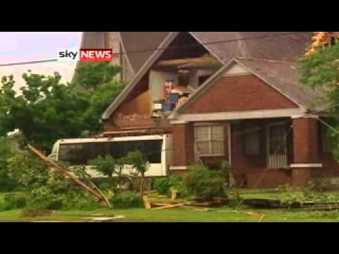 US Tornadoes And Storms Kill Hundreds