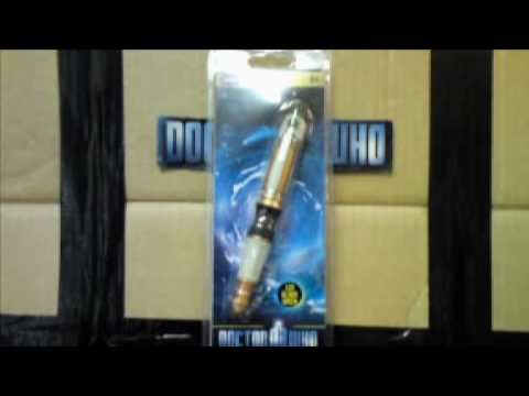 Doctor Who 11th Doctor's Sonic Screwdriver Torch Toy Review