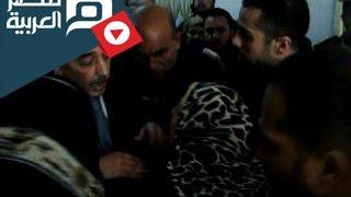 مصر العربية | سيدة تبكي لمحافظ كفر الشيخ بسبب الاهمال بمستشفى دسوق