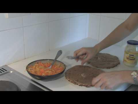 Как приготовить печеночный торт - видео