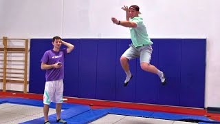 Download Lagu Trampoline Charades Battle | Dude Perfect Gratis Mp3 Pedia