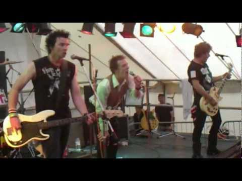 SEX PISTOLS EXPERIENCE - NEW YORK & HOLIDAYS IN THE SUN - GUILFEST ...