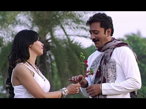 Don Mani Aiyer In Love With His Co-actress - Dhama Chaukdi
