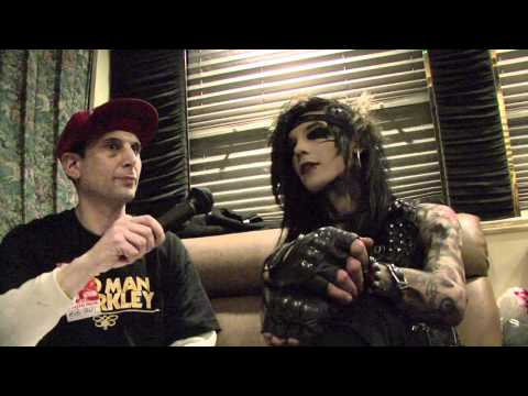 Black Veil Brides - BlankTV Interview (Andy Biersack) UMG