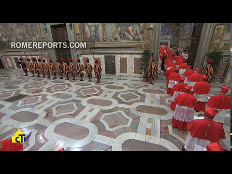 Vatican Television releases never-before-seen footage of Pope Francis\' election