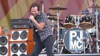 Watch Pearl Jam Gods Dice video