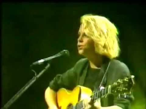 Mary Chapin Carpenter - Downtown Train