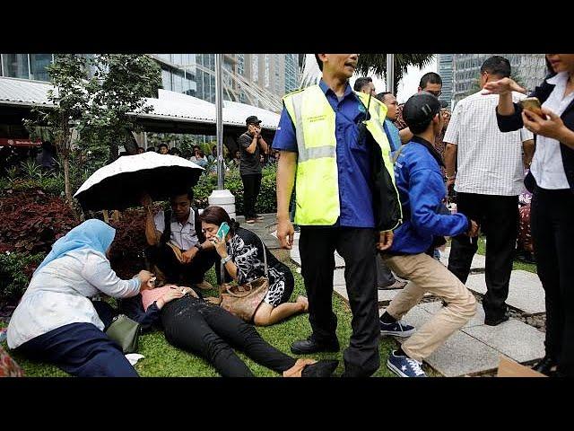 Dozens hurt as floor collapses at Jakarta Stock Exchange