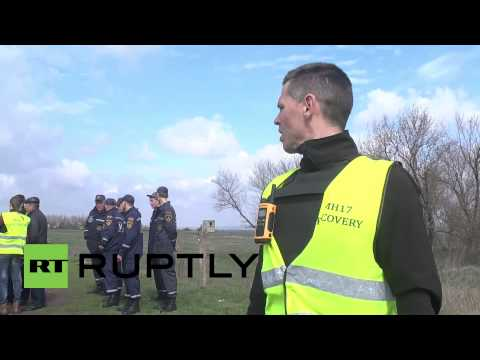 Ukraine: Search for two remaining unidentified MH17 victims resumes