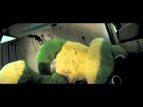 The Hitcher Official Trailer #1 - Sean Bean Movie (2007) HD