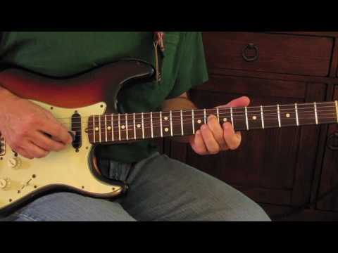 Country Guitar Lessons - Vince Gill Style Country Guitar Lick - Fender Strat