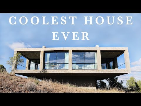 THE COOLEST HOUSE EVER ! (minimalist house tour)