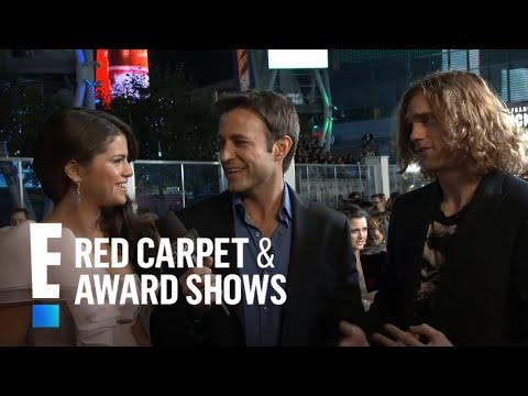 Selena Gomez & the Scene on the Red Carpet thumbnail