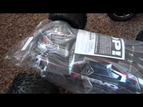 FULL SIZE E-Revo Brushless Edition 5608 Unboxing!!