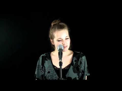 Emilie Henry | Hallelujah (Shrek Cover)
