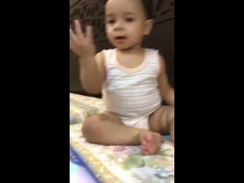طفل يرقص ع اغاني شعبي thumbnail