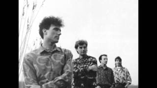 Watch Orchestral Manoeuvres In The Dark Shes Leaving video