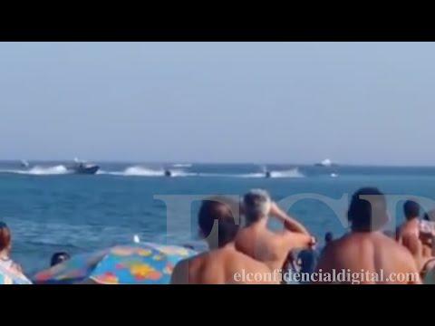 Motoristas acuáticos de La Línea de la Concepción hacen gamberradas en playas de Gibraltar