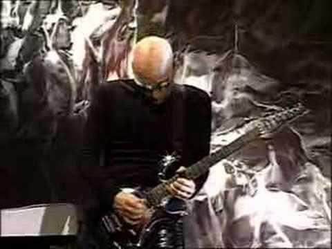 Joe Satriani - Circles (Live in San Francisco)