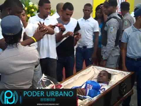 Velatorio cadáver de Monkey Black en el Club Los Mina