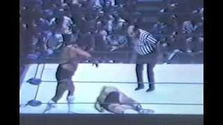 Wahoo McDaniel vs Johnny Valentine 1974