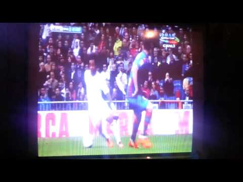 Real Madrid Levante Marcelo goal 2014.