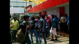 Mallu Singh - mallusingh fans celebration @ EKM kavitha.mp4