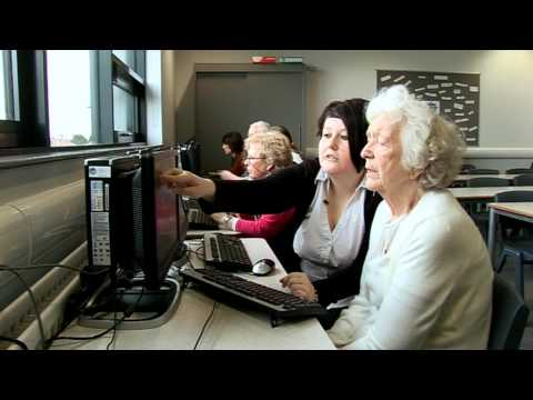 Age UK: Computer training