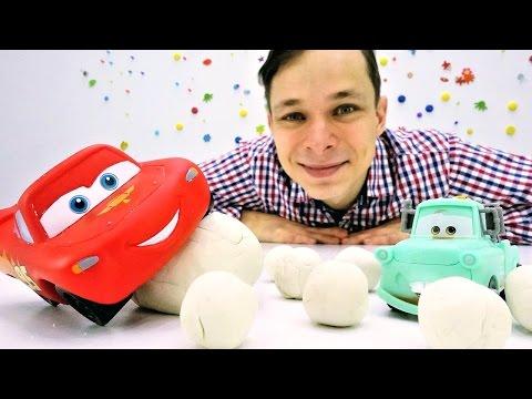 Маквин: игры в машинки! Видео про игрушки. Фёдор и Маквин убирают снег.