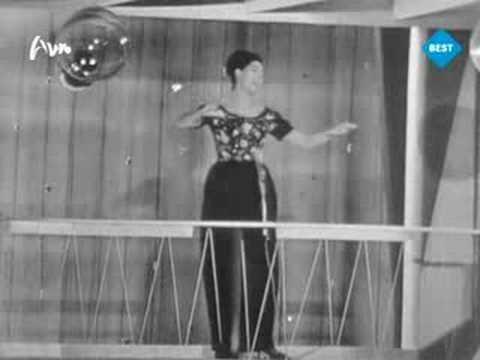 Danswijsje-Laat ons dansen NL  Dansevise DK - Corry Brokken