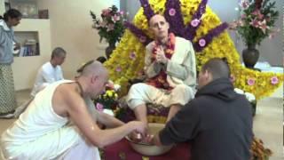 Vyasa Puja 2010 - Sri Guru-Vandana