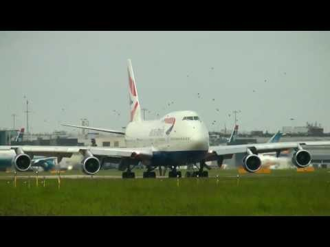 British Airways Boeing 747-400 take off from London Heathrow