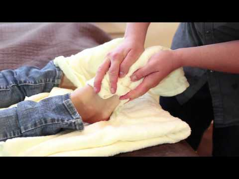 Massage Videos - How to give a SPA foot massage to women