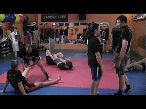2012-10-29 MMA u. Grappling Training - Single Leg Throw I. - im Sugambrer Fightclub Image 1