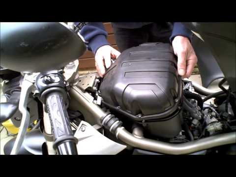 Yamaha XJ6 Air filter change