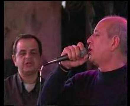 Erchonde Vradia - Dimitris Mitropanos