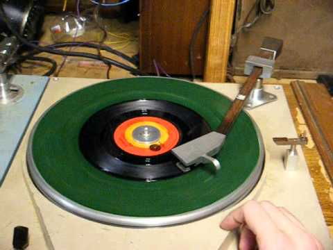 Qrk 12c Amp Russco Cue Master Broadcast Turntables Youtube