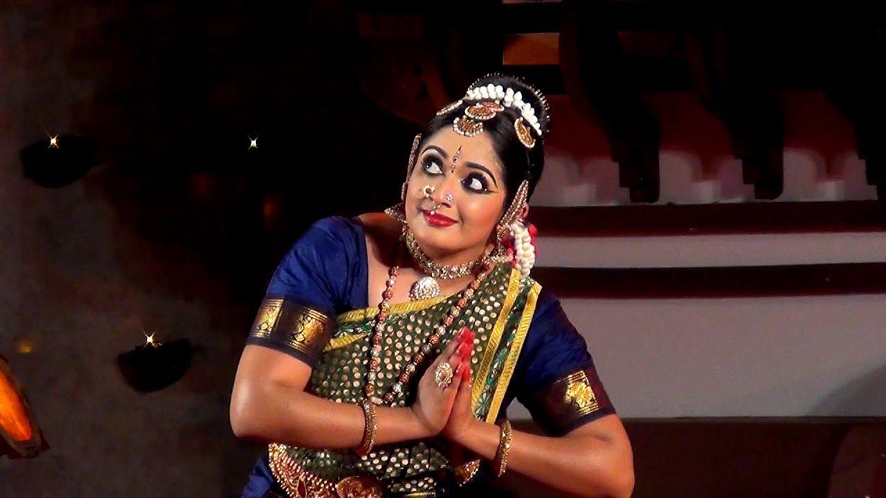 Kavya Madhavan performing Bharatanatyam Dance at Nishagandhi Festival ...