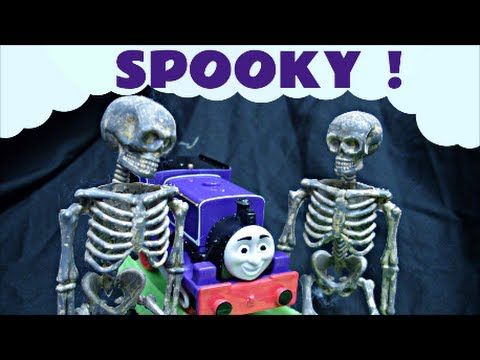 Thomas The Tank Engine Spooky Stormy Night In Sodor Kids Train Trackmaster Set Thomas And Friends