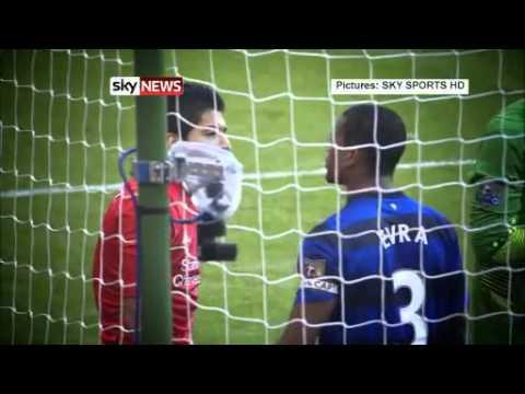 Luis Suarez bites Branislav Ivanovic - Liverpool Vs Chelsea Football