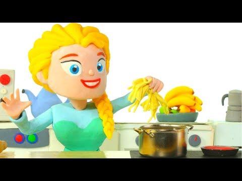 PRINCESS COOKS PASTA ❤ Superhero Babies Play Doh Cartoons For Kids