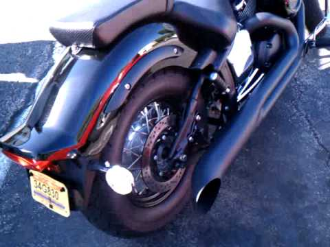 09 yamaha vstar 1100 custom (Blackout) Video