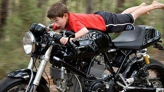 Новички на мотоцикле / beginners on motorcycle